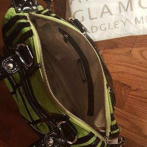 Badgley Mischka Bags - BADGLEY MISCHKA American glamour leather tote.